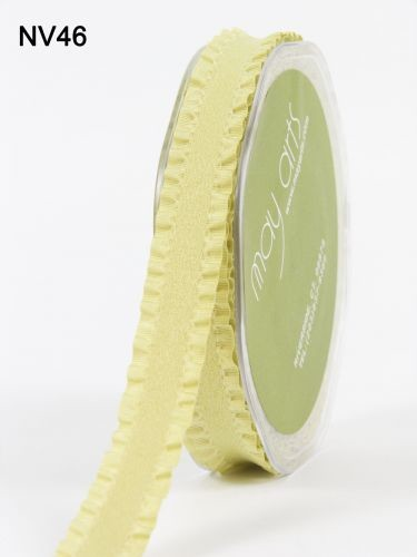 May Arts Lint - Faux/Suede Ruffle Edge - lichtgroen